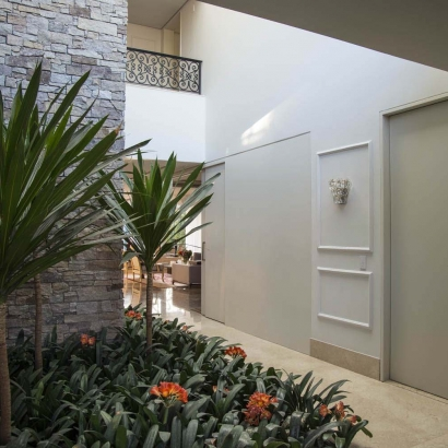 Projetos de arquitetura e decoração,  1070m². Casa no condomínio Serra dos Manacás – Nova Lima